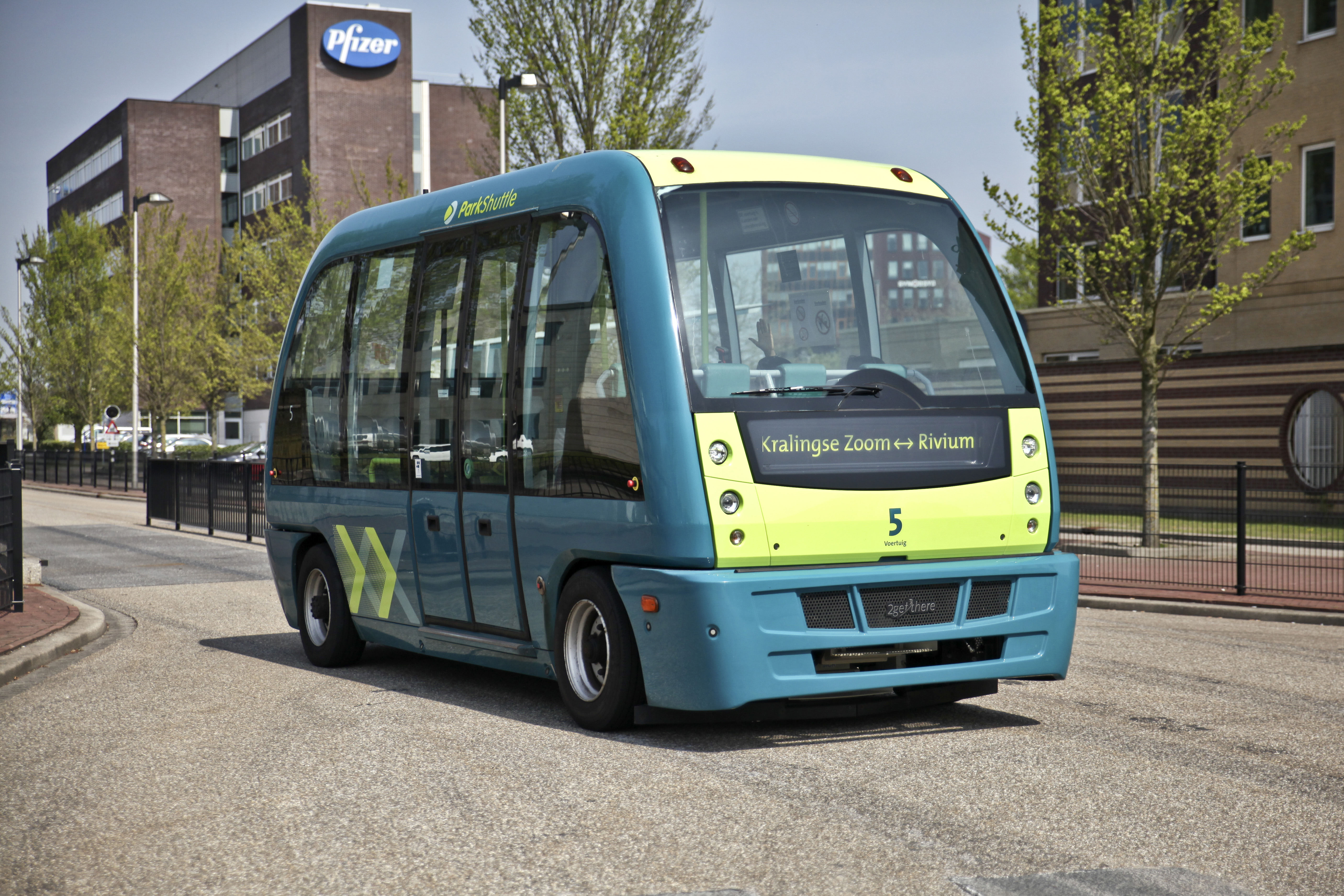 L-rivium-parkshuttle
